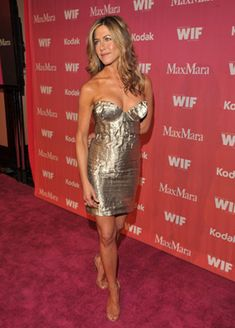 Celebs who can't stand Jennifer Aniston – Celebrities Woman Jennifer Aniston Legs, Jennifer Aniston Pictures, Beautiful Celebrities, Beautiful Actresses, Gorgeous Women, Jeniffer Aniston, World Most Beautiful Woman, Eva Longoria, Hollywood