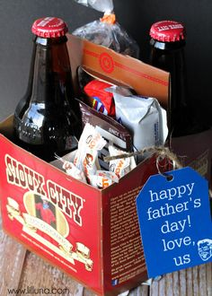 Father's Day Soda Caddy Gift idea with free printable tags on { lilluna.com } - Quick & Easy!