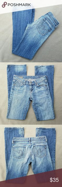 COH Low Waist Bootcut Kelly Jeans Outer-seam 39.5 in Inseam 32 in Waist 14 in Great condition  Feel free to ask me any additional questions. Reasonable offers are considered. No trades, or modeling. Happy Poshing! Citizens of Humanity Jeans Boot Cut