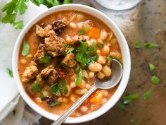 Slow Cooker White Bean Soup with Tempeh Bacon (Vegan Bean with Bacon Soup! Bean And Bacon Soup, White Bean Soup, White Beans, Vegetarian Freezer Meals, Vegetarian Recipes, Healthy Recipes, Healthy Meals, Sweet Potato Pizza, Tempeh Bacon