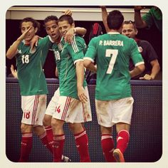 Festejo de gol contra Brasil #seleccionmexicana #mexico