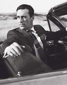 Great tie. Great shirt. Perfectly tailored suit. And a classicly adventurous American landscape.