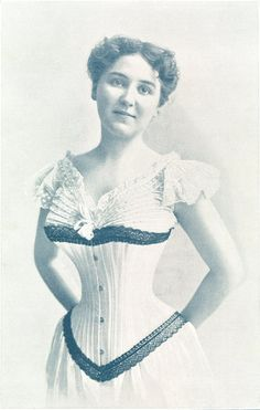 In the the corset was one of the biggest mainstream trends. Woman were expected to have a tiny looking waist and constantly wear fancy corset dresses. Movies made in the show very apparent corset trends and the movement and impact it had on woman. Vintage Corset, Vintage Underwear, Victorian Corset, Victorian Women, Vintage Lingerie, 1890s Fashion, Edwardian Fashion, Vintage Fashion, Historical Costume