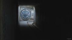 "(FR) Aux abords de Logroño, au fond d'un tunnel, un sourire peint sur un mur. Qui se retrouvera tout au long du chemin. (EN) Entering a tunnel to see this ""Buen camino"" painted on a wall. #camino #caminodesantiago #buencamino #theway #paint #tag #wall #tunnel #smile #sourire #compostelle #logroño #rioja #españa #spain #espagne"