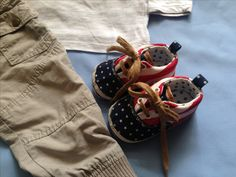 Baby shoes with usa flag pattern