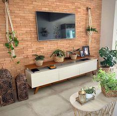 45 creative diy farmhouse home decor ideas and inspirations Living Pequeños, Living Room Tv, Home Design Decor, Home Interior Design, Home Decor, Living Furniture, Room Decor Bedroom, Decoration, Houseplants