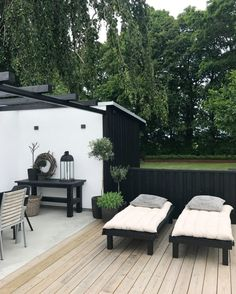 trädgårdsinpiration hos Kajsa på Enkla ting L - Jardin Boheme Recup House Exterior, Outdoor Decor, Outdoor Life, Patio Inspiration, Outdoor Rooms, Pergola Plans, Outdoor Design