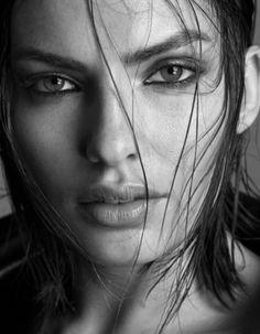 Alyssa Miller, beautiful natural look