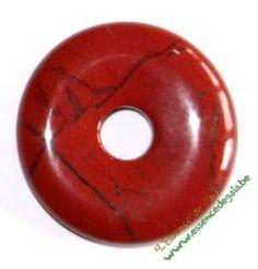 pendentif donut en jaspe rouge, en lithothérapie apporte vitalité, plus de vertus sur www.pierres-lithotherapie.com/jaspe-rouge-proprietes