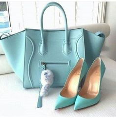 Matching Turquoise Handbag and Pumps fashion shoes handbag high heels turquoise accessories purse pumps coordinate