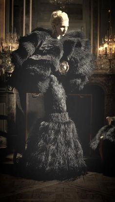 Any time that you can wear a dress and confuse the viewer as to what animal(s) are involved, that's a good thing.  Are these feathers? fur? iron shavings?  YES! Alexander McQueen