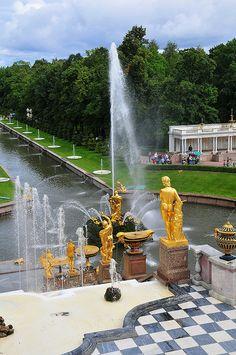 Grand Cascade and Samson Fountain, Peterhof Palace, St Petersburg, Russia