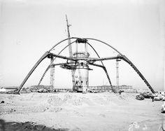 LAX 'Theme' Building under construction c.1961