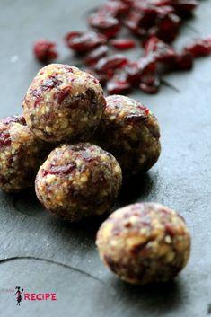 Bouchées canneberges et vanille | Vanilla and cranberry energy bites - Miss-Recipe.com