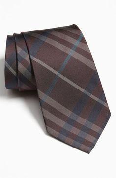 Burberry London Woven Silk Tie.