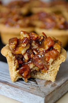 Pecan Pie Bites - the crust is buttery. the filling is sweet and the pecans are plentiful in these delicious little bites of pecan pie! Mini Desserts, Just Desserts, Delicious Desserts, Yummy Food, Pecan Desserts, Plated Desserts, Bite Size Desserts, Party Desserts, Holiday Baking