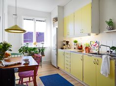 """The Frugal Aesthetic   Blog   Positive Downsizing - """"my studio apartment obsession"""" yellow kitchen love!!!"""