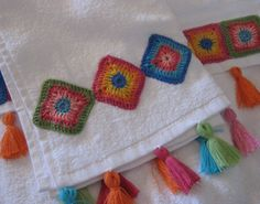 There are those who use crochet for a way to make graffiti, also called yarn bombing. For quite a few, crochet is a way of relaxing or relieving stress. For some folks, crochet is a pastime, or only a pastime. Crochet is a best medium. Crochet Squares, Crochet Granny, Crochet Motif, Crochet Doilies, Crochet Patterns, Granny Squares, Ravelry Crochet, Crochet Towel, Love Crochet