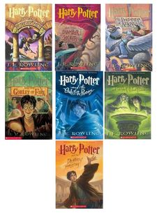 Harry Potter Book Set Doll size are awesome. My American Girl doll is going to love this! Good Books, Books To Read, My Books, Amazing Books, Love Book, Book 1, Harry Potter Book Covers, Harry Potter Book Series, Harry Potter Collection Books