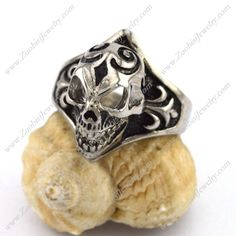 r002883 Item No. : r002883 Market Price : US$ 30.60 Sales Price : US$ 3.06 Category : Skull Rings