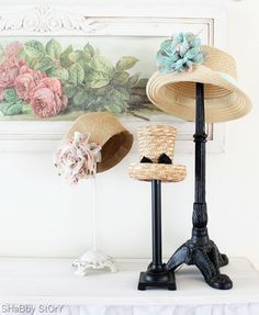 Lamp bases as hat stands, this is great. Between the vintage market, yard sales and value antique shops. Tons of opportunities. Market Displays, Craft Show Displays, Store Displays, Hat Display, Display Ideas, Display Stands, Display Case, Hat Storage, Storage Ideas