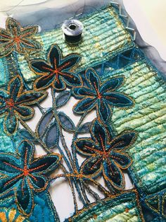 Creative Embroidery, Hand Embroidery Designs, Embroidery Stitches, Machine Embroidery, Sewing Art, Sewing Crafts, Bird Quilt Blocks, Shashiko Embroidery, Fabric Manipulation Techniques