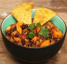 Plantaardigheidjes: Zwarte bonen, zoete aardappel en quinoa Chili