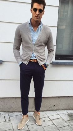 47 Look Perfect with Men's Cardigan Clothes for You to Try This Month - abanix Mens Fashion Blog, Fashion Mode, Look Fashion, Fashion Trends, Fashion Updates, Fashion Hair, Street Fashion, Mode Outfits, Casual Outfits