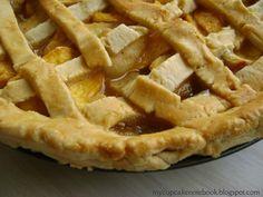 Summer Pies: Peach Pie #summerpie #pie #peachpie #food #homemade #piecrust #summer #dessert