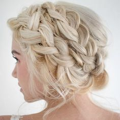 Such a lovely braided updo.