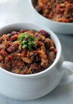 Vegan Mushroom Tofu Chili // Vegan Clean Eating Fall Dinners (healthy, gluten-free)