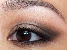 smokey asian eye makeup Asiatische Augen Make-up-Tipps – # eyes # eye makeup - Prom Makeup Looks Asian Makeup Looks, Asian Eye Makeup, Eye Makeup Art, Eye Makeup Tips, Fall Makeup, Smokey Eye Makeup, Summer Makeup, Halloween Makeup, Makeup List