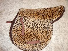 Leopard Fitted English Saddle Pad Omg.... they must have had me in mind when they made this one!