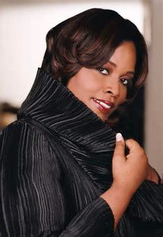 Check out my post dedicated to people whom lost loved ones + Dianne Reeves- Better Days! Jazz Artists, Jazz Musicians, Music Artists, Dianne Reeves, Soul Singers, Beautiful Person, Simply Beautiful, Smooth Jazz, Music