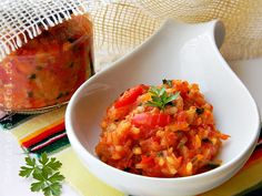 tocana de legume pentru iarna Romanian Food, Romanian Recipes, Canning Pickles, Preserving Food, Canning Recipes, Brown Rice, Celery, Preserves, Risotto