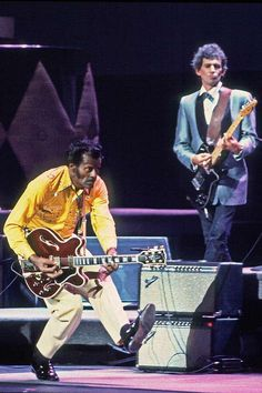 Chuck Berry & Keith Richards on stage at the Fox Theater in St. Louis, Missouri, 1986. Picture by Paul Natkin.