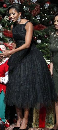 One of my all-time favorite looks of Michelle Obama; vintage Norman Norell
