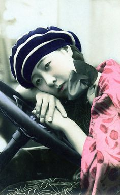 Bijin at the wheel of a car 1920s by Blue Ruin1, via Flickr