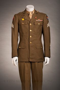 United States Army Air Forces dress uniform, c. 1943