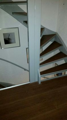 Trap bekleed met laminaat Trap, Diys, Stairs, Home Decor, Stairway, Decoration Home, Bricolage, Staircases, Room Decor