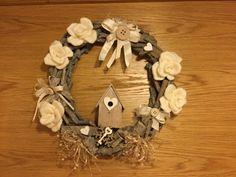 Un filo di me: Corona di legno in versione invernale