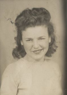 Vintage Photobooth American Beauty Jacoby Lipstick Smile Grin Fun Artistic Photo | eBay