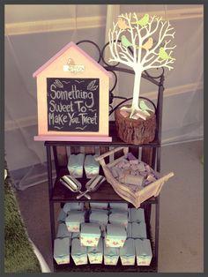 Garden props & blackboard sign. Take home cake boxes