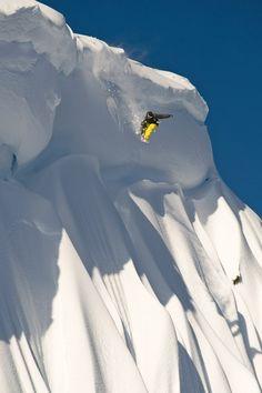 very nice pow drop. #snowboard Mathieu Crépel