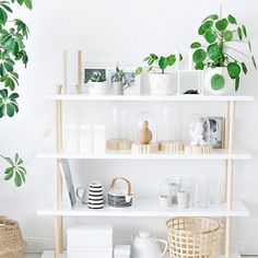 How to: Build a simple and minimal DIY scandinavian shelf. (In German)