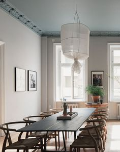 Grey walls with accents of red - via cocolapinedesign.com