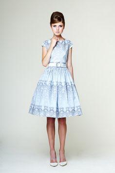 Manon  Сotton Kleid mit niedriger Rückenlehne von mrspomeranz, £349.00
