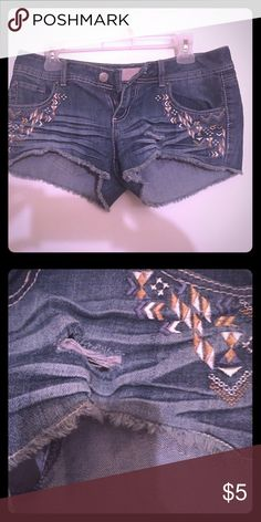 Jean Shorts Cute Pair of shorts for the perfect beach day!! Shorts Jean Shorts