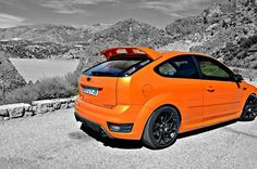 Electric Orange on mountain roads! Ford Focus ST Tuning