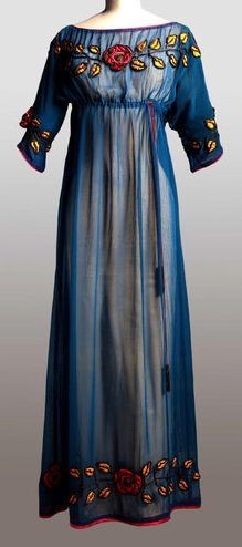 Poiret dress, around 1908.